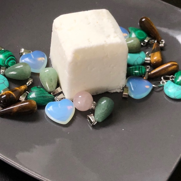 Bath Bomb W Crystal Necklace Inside